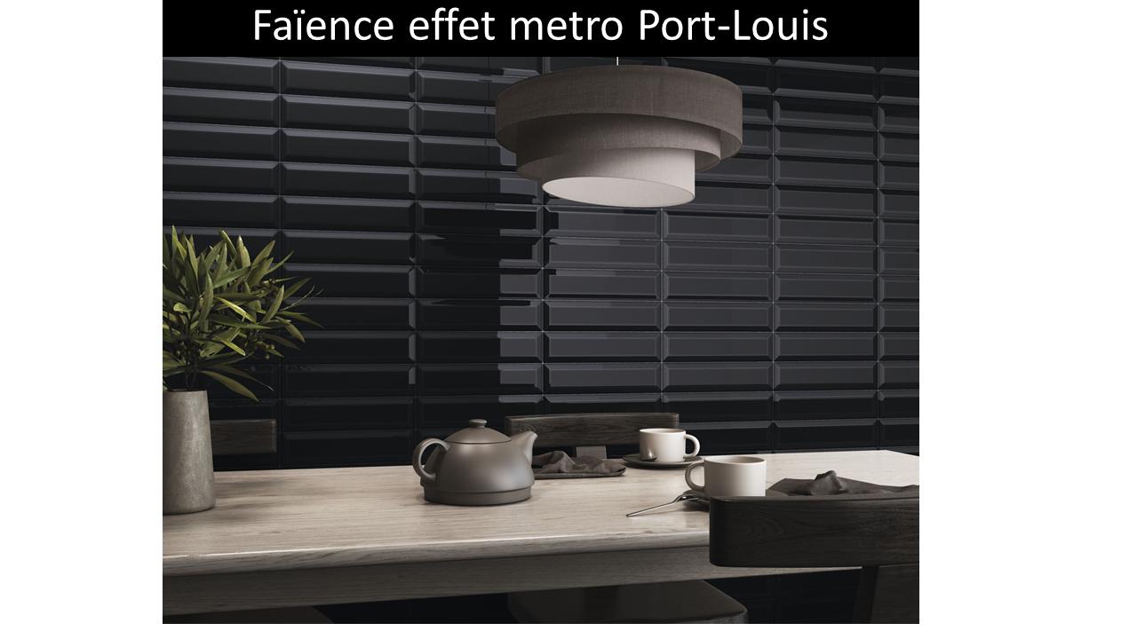 Métro Port-Louis Black gloss