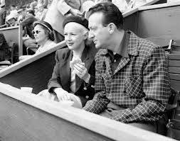 Harry James, trombettista e grande appassionato di baseball. What do you play?