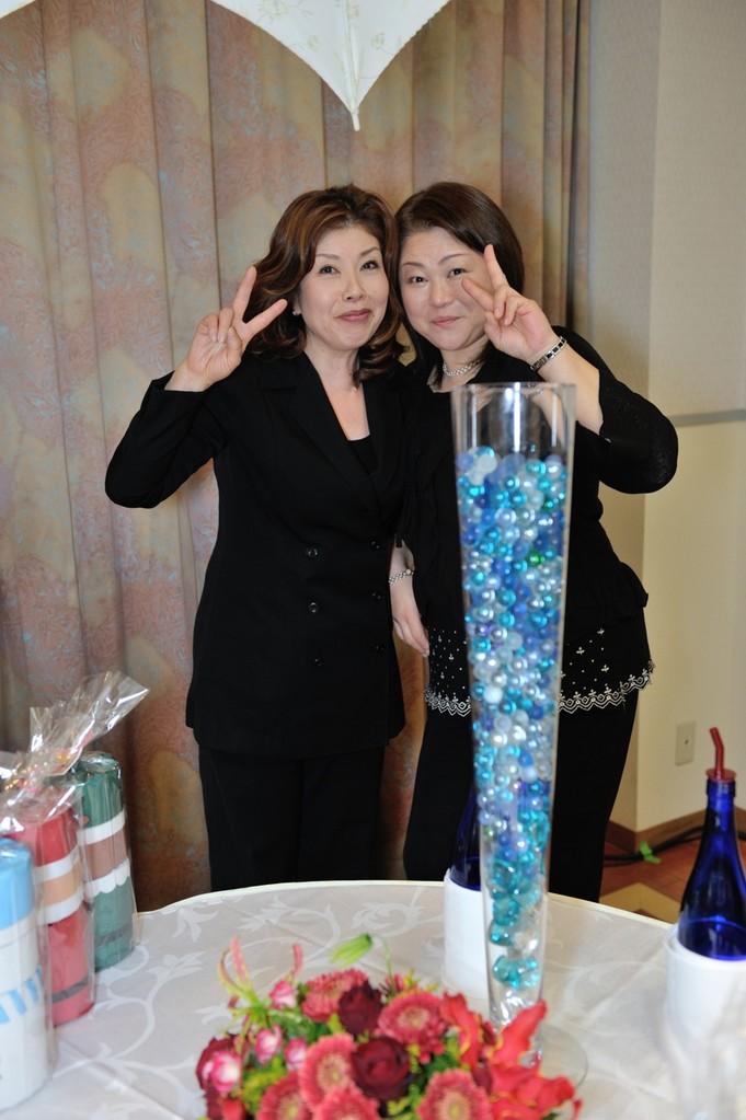 プロデューサー野口と名司会者とご機嫌2ショット!