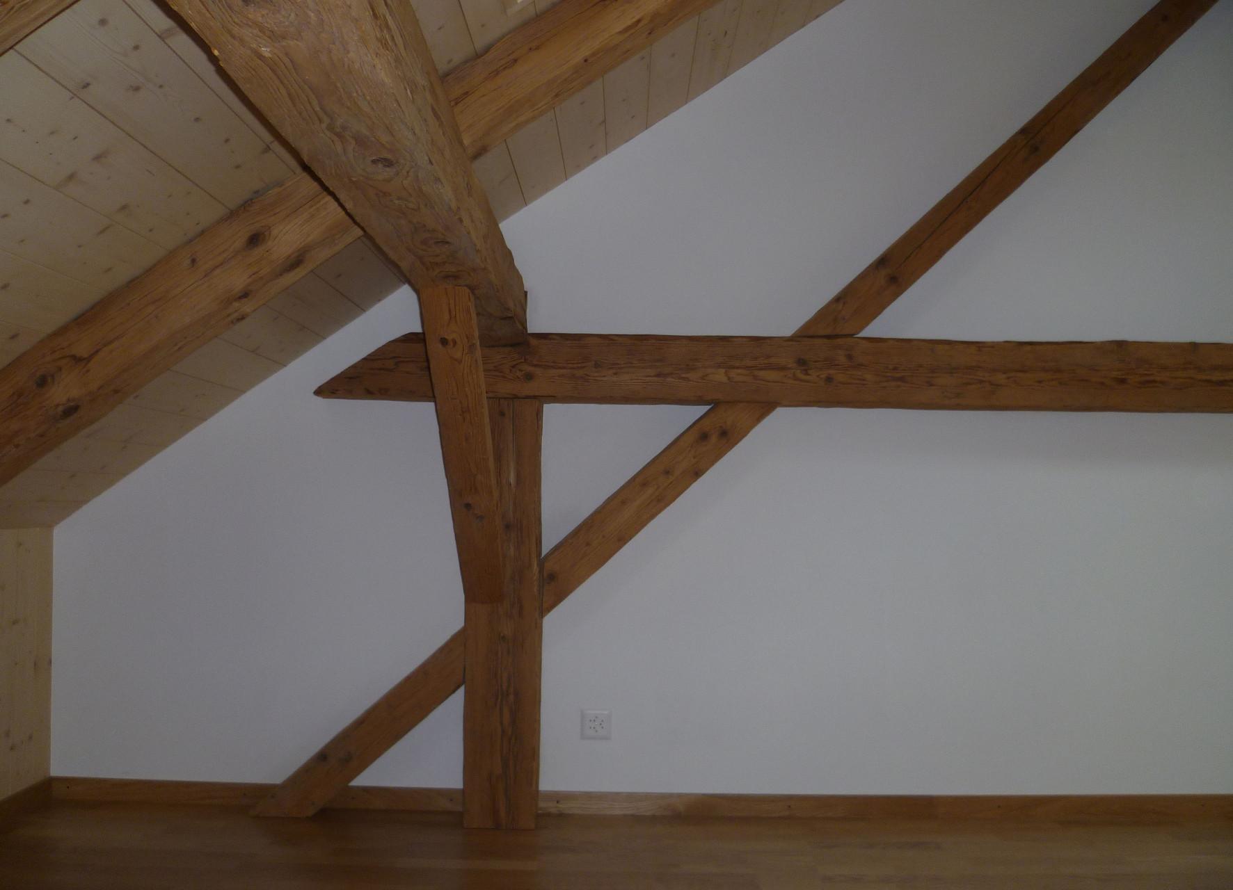Altholz in Kombination mit neuem Verputz, Höfen