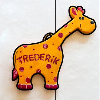 Giraffe Tüschild für Kinder. Namensschild aus Holz.