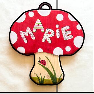 Pilz Tüschild für Kinder. Namensschild aus Holz.