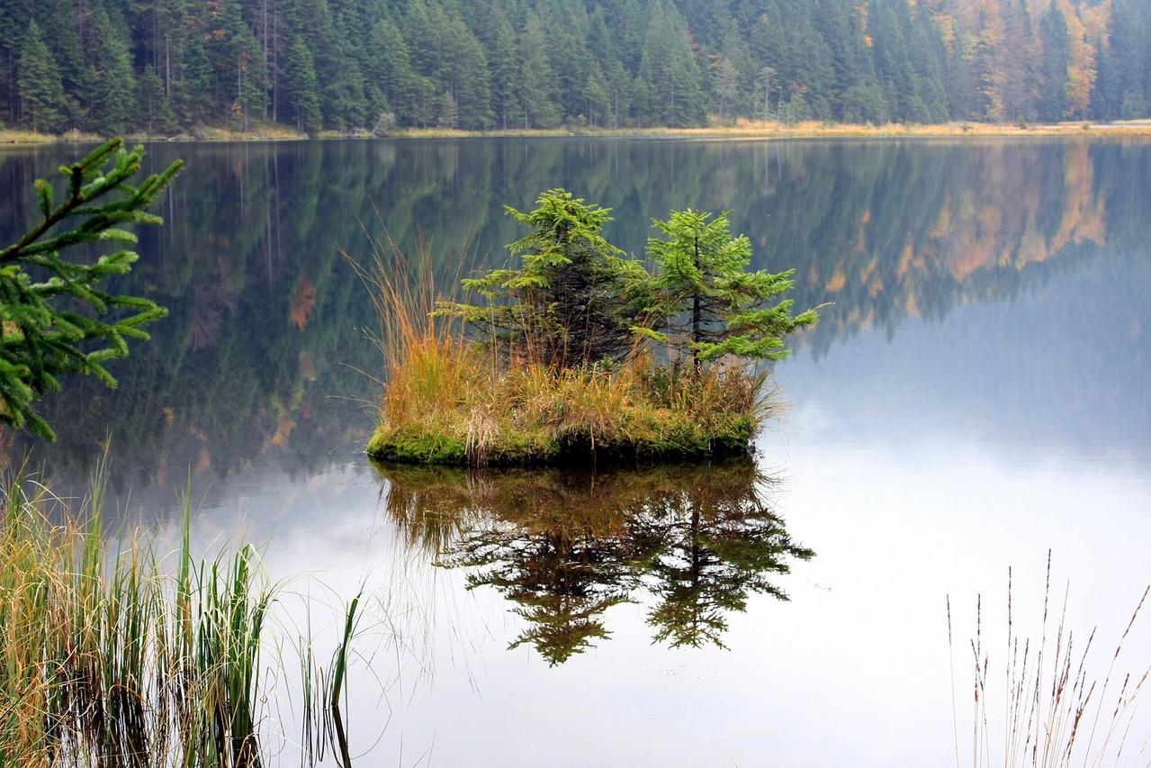 Herbsttag am Kleinen Arbersee