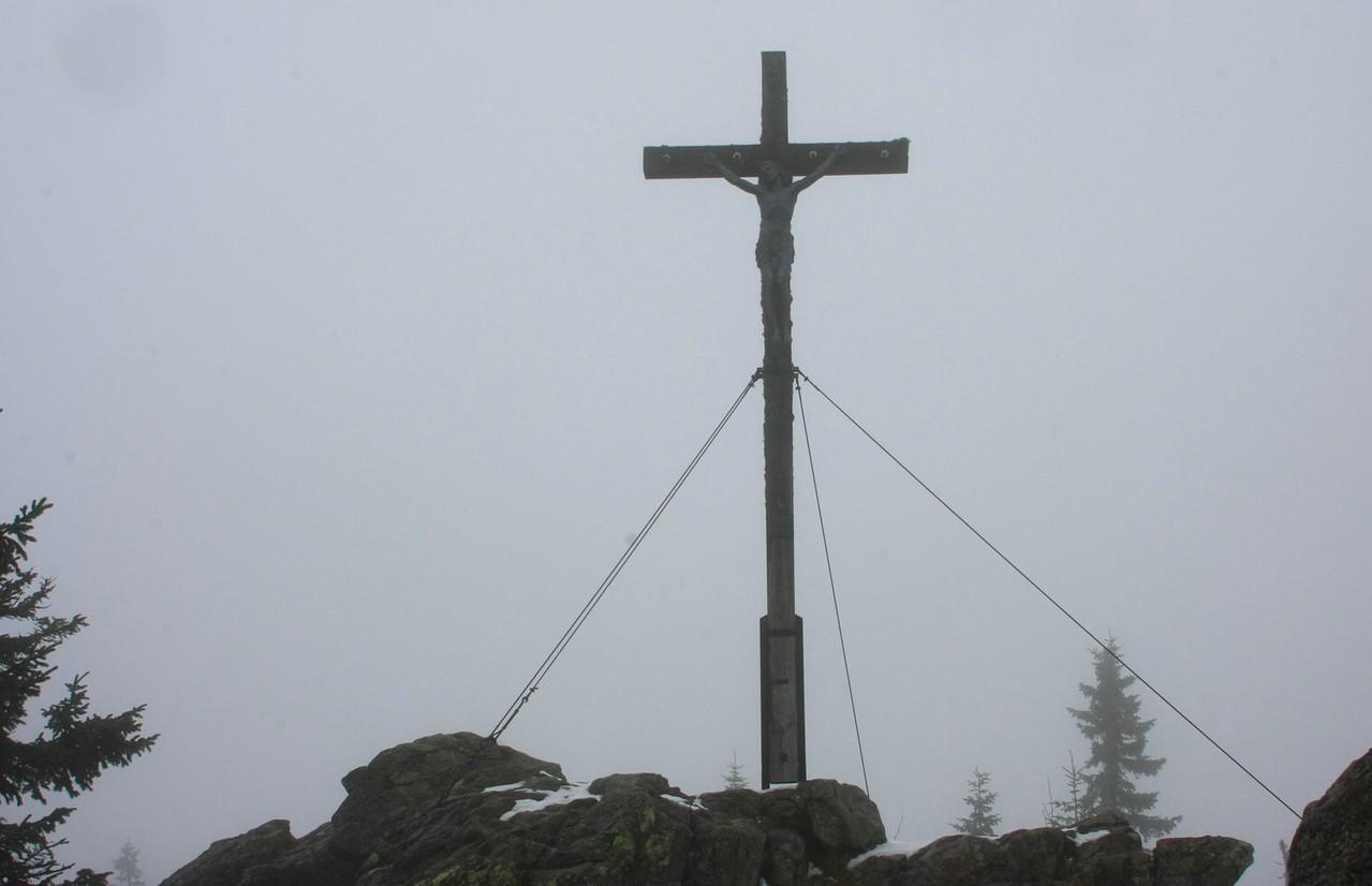 Gipfelkreuz auf dem Rachel 1453m