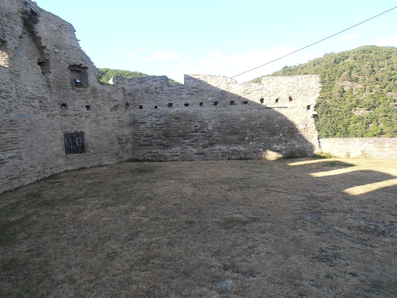 Die Burgmauer