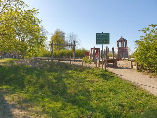 Grünzone und Spielplatz im Hanseviertel