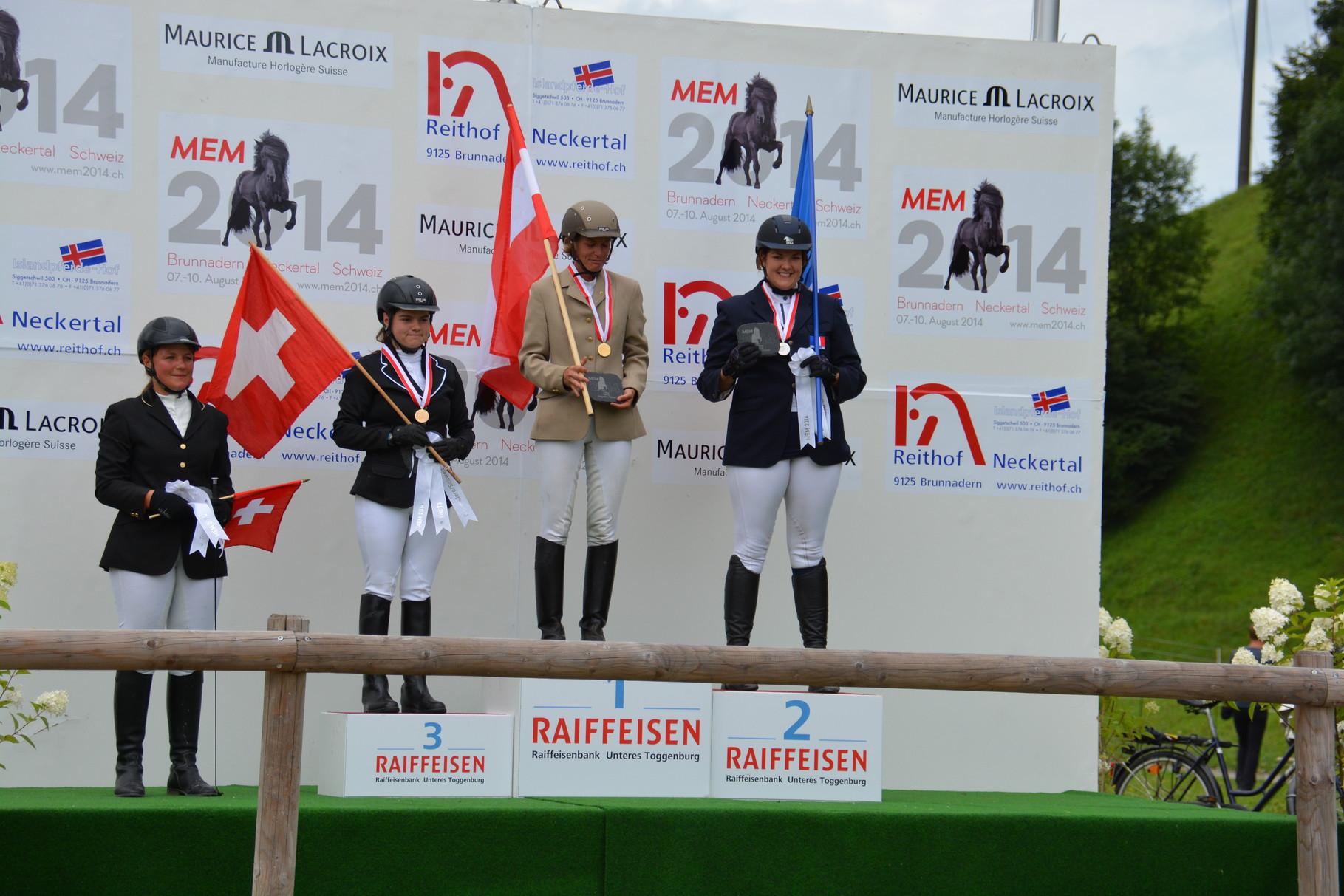 Charlotta remporte la 2ème place de l'épreuve de tölt T3