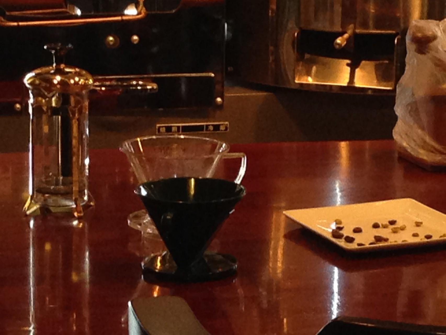 器具の違いによる飲み比べ