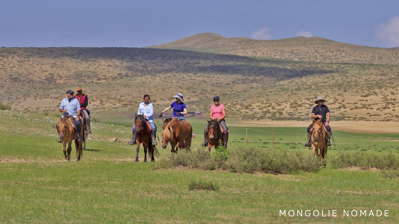 La découverte de la steppe à cheval