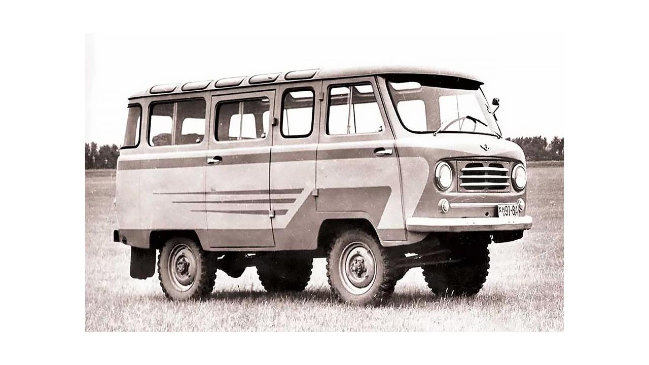 Le 450 est entré en production en janvier 1958