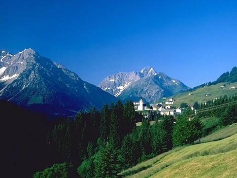 Hirschegg Kleinwalsertal im Sommer
