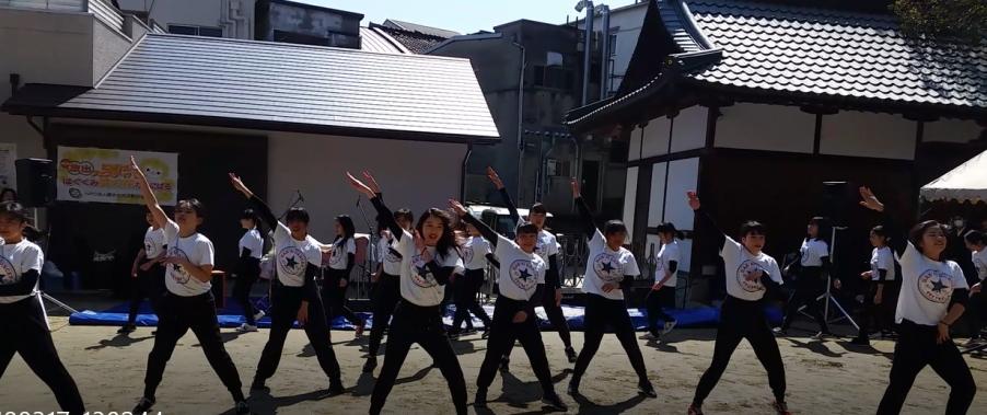 汎愛高校ダンス部による迫力あるダンスパフォーマンス2