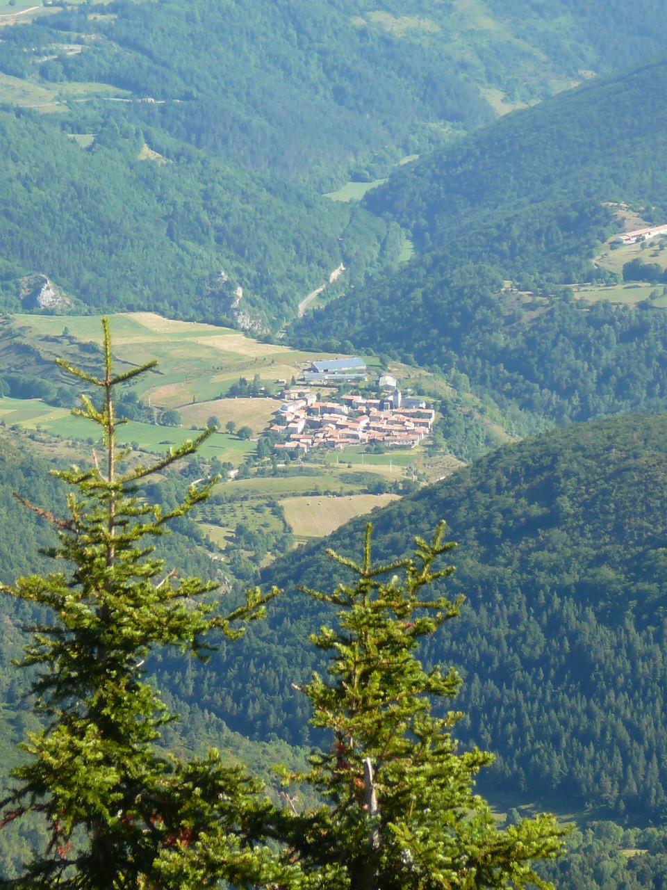 vue sur la vallée du Rebenty depuis l'Ourtiset