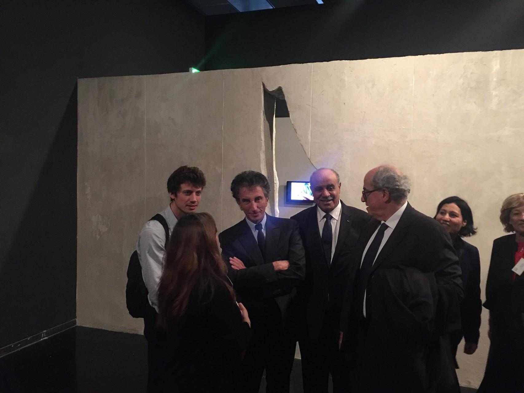 Vernissage -  Monsieur l'Ambassadeur Salman El Herfi, Jack Lang Président de l'IMA et Monsieur Elias Sanbar, ambassadeur de la Palestine à l'UNESCO