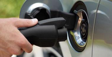 Sistema controllo sgancio cavi ricarica auto elettrica secondo normativa CEI 62196 2