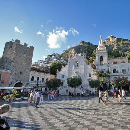 Taormina der Hauptplatz