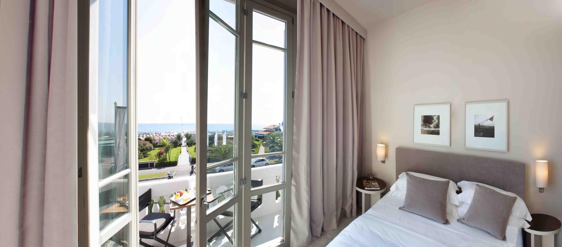 Modern gestylte Zimmer des Boutiquehotels Villa Grey.