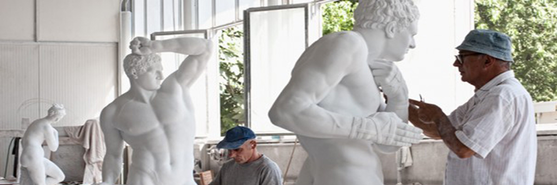 Weltzentrum der Bildhauerei -Pietrasanta an der toskanischen Riviera