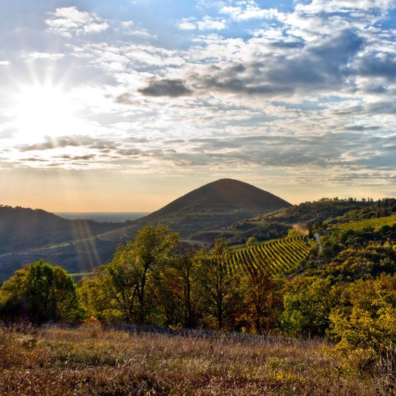 Malerische Hügel der Region