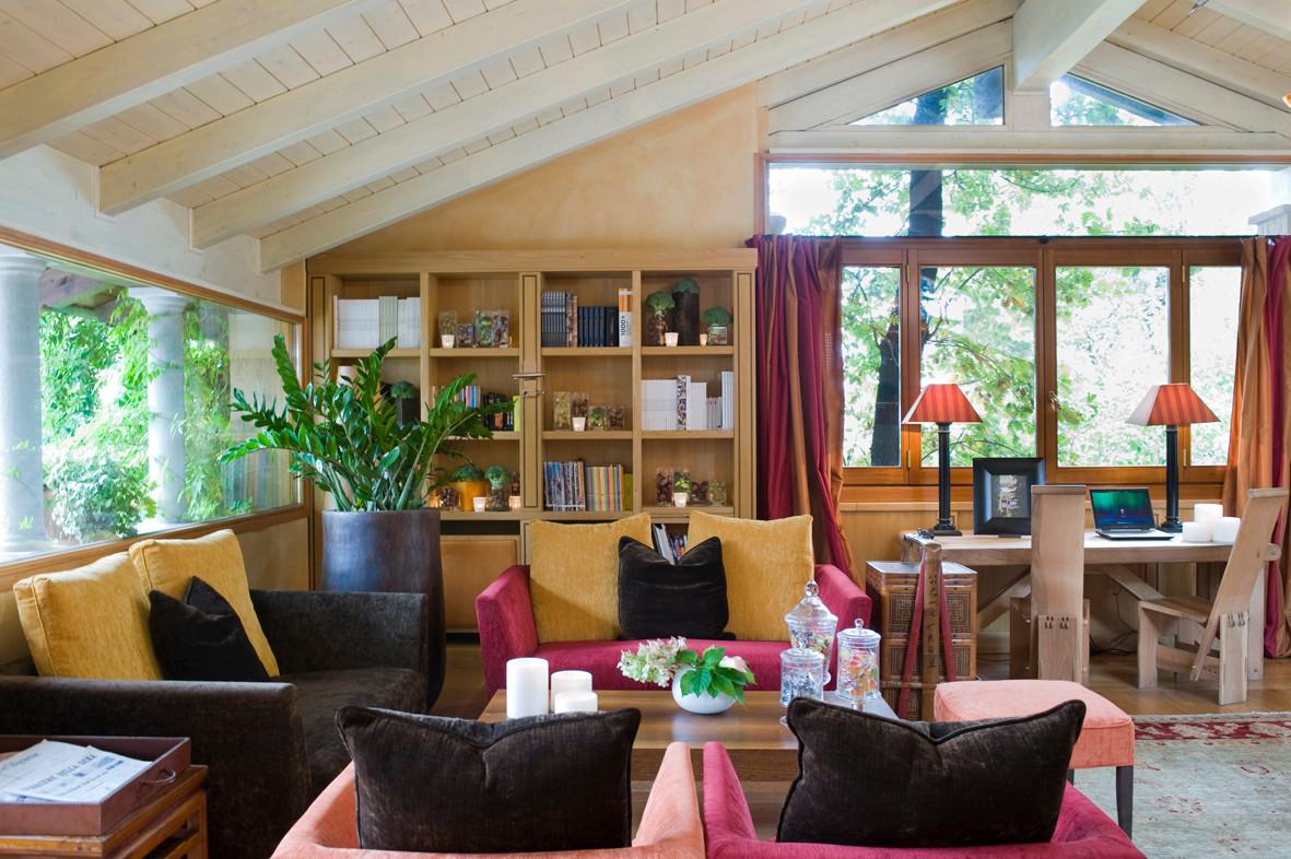 Gediegen, gemütlich und raffiniert, zeitgenössischer Luxus, das ist das Hotel L'Albereta.