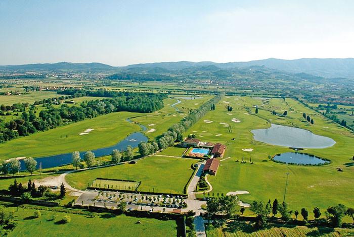 Golf Club Le Pavoniere wurde von Arnold Palmer gezeichnet, ein Meisterwerk!