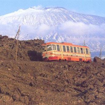 Mit der Bimmelbahn um den Etna