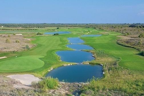 Abwechslungsreicher fordernder Golfplatz - Golf Acaya