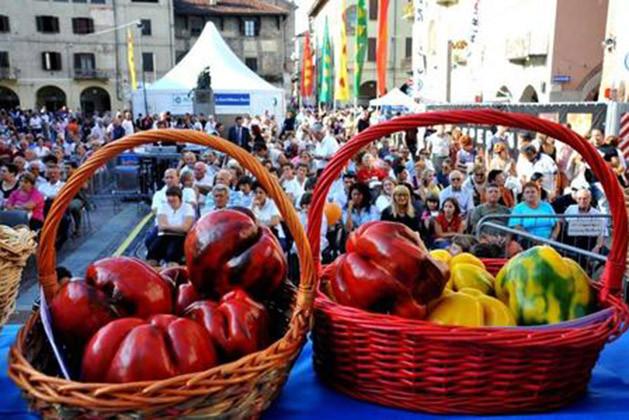 Italien muß man kennen: manche Volksfeste muß man gesehen haben!