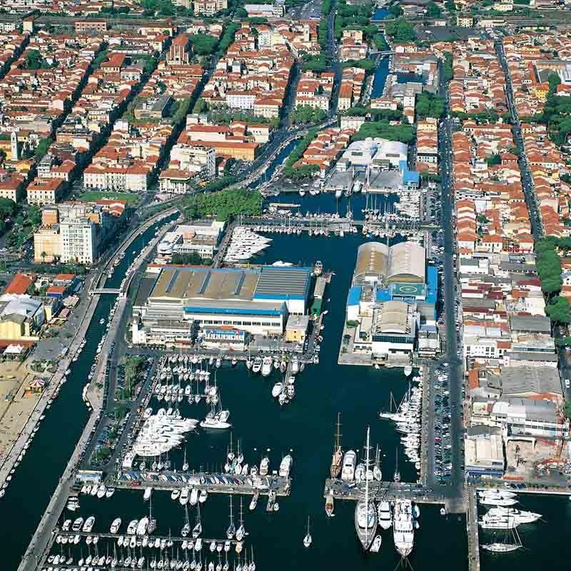 Tradition: Yachtbau in Viareggio