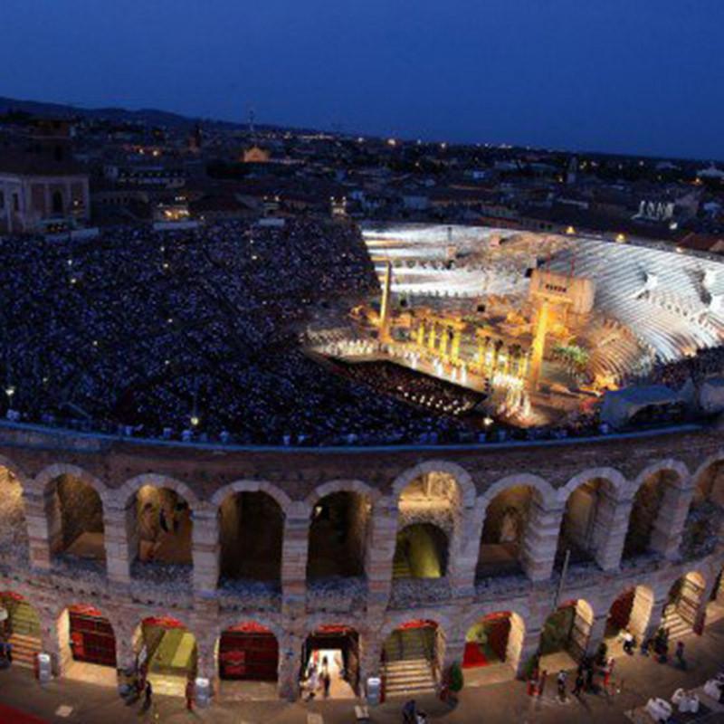 Opernaufführung in der Arena