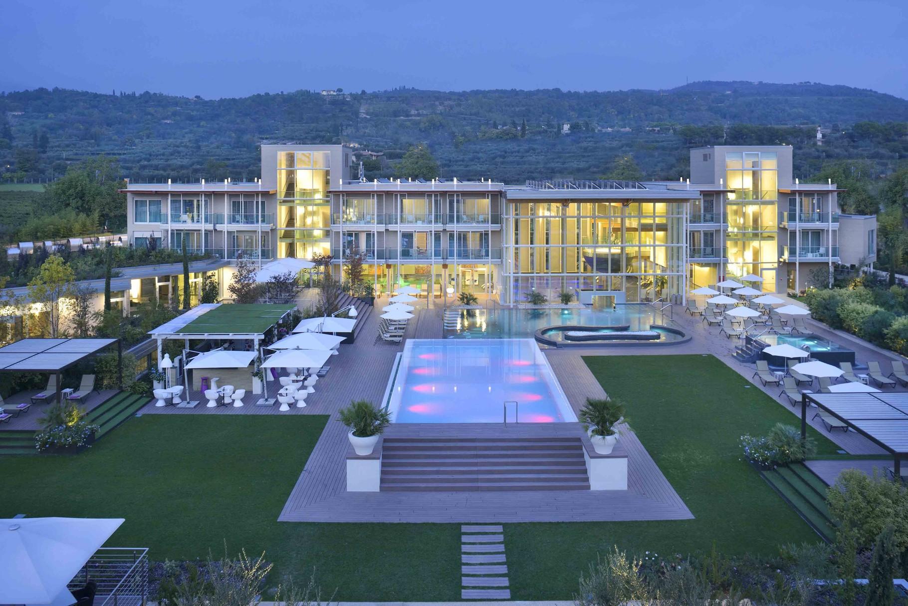 Aqualux Hotel Bardolino, keine 5 Gehminuten vom Seeufer und der Altstadt entfernt.