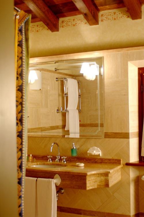 Das Haus bietet hohen Standard. Die Besitzer sind ebenfalls Winzer: Familie Berlucchi. Das Urgestein des Franciacorta.