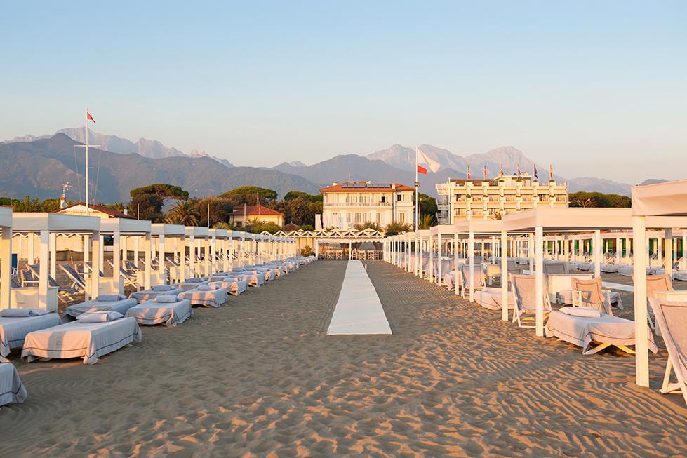Villa Grey Forte dei Marmi an der Strandpromenade