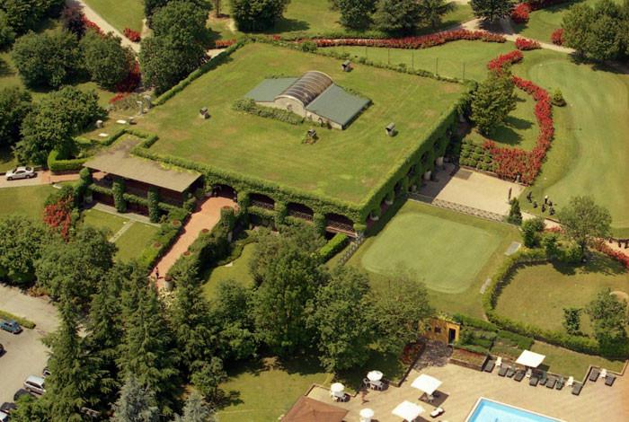 Das spektakuläre Clubhaus ist in ganz Norditalien bekannt; auch das gute Restaurant.
