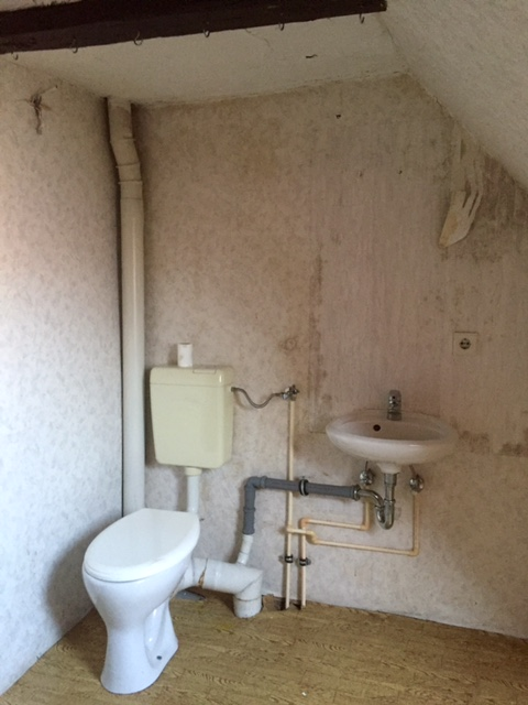 altes WC Dachgeschoß