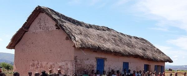 SOAVINA-MIARNA, les toitures sont à refaire