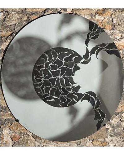 Miroir de l'âme – Miroir, acier patiné et verni – 150 cm (2005)