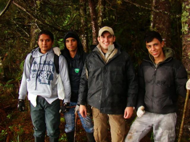 Estudiantes de Herpetología Avanzada (2013-2)