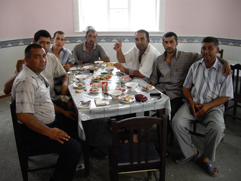 Mittagessen in Qarakol