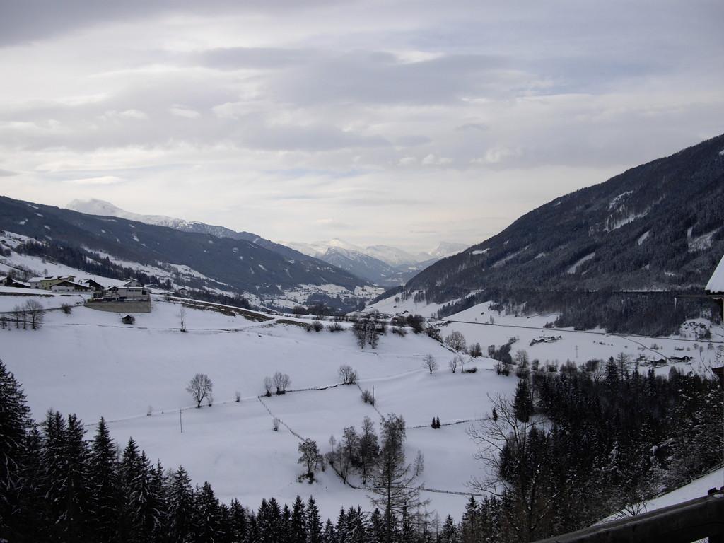 08.04.08 - Blick von Ellboegen Richtung Brenner