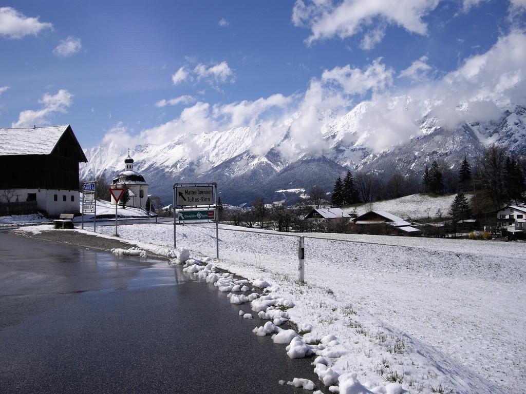 07.04.08. - von Telfes Richtung Patsch bzw. Brenner