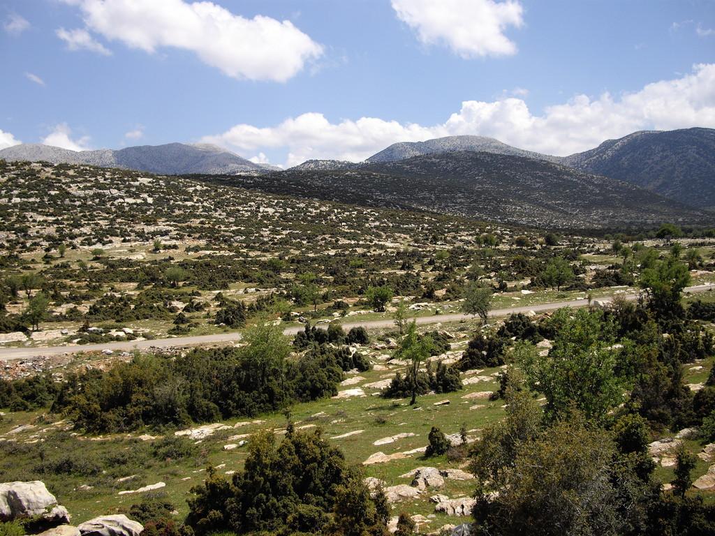 Berglandschaft hinter Tavas