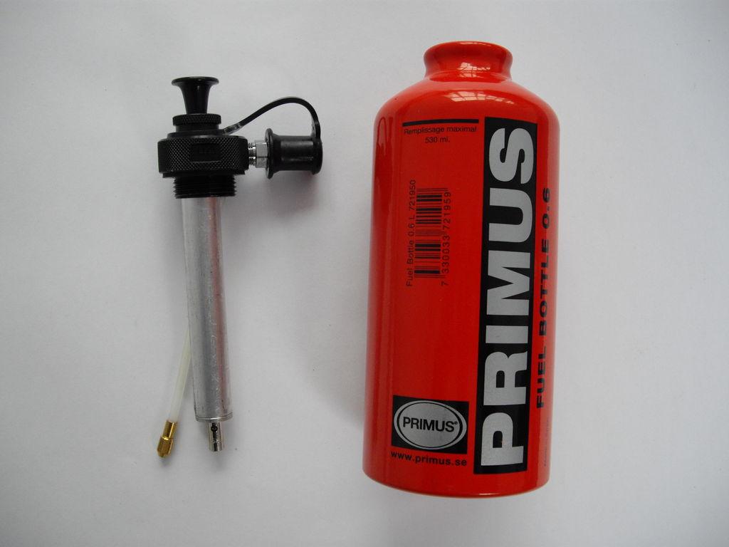 Brennstoff-Flasche mit Pumpe, 0,6 ltr, - Primus - 212 g