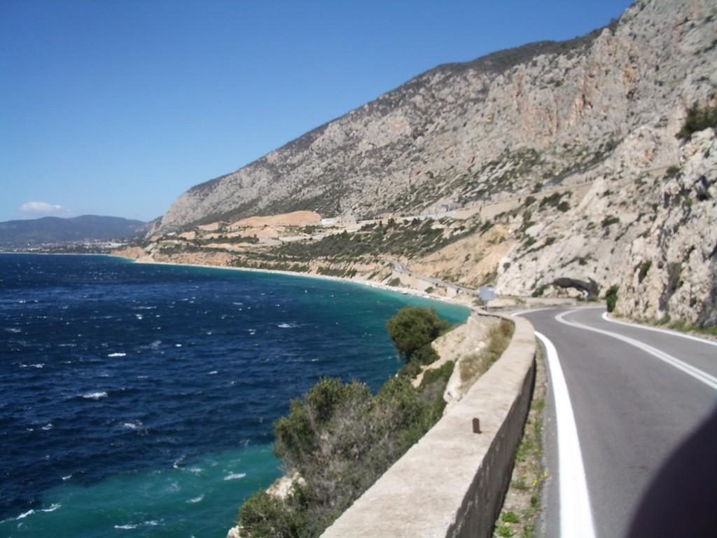 16.04.08 - Küstenstrasse Richtung Salamina