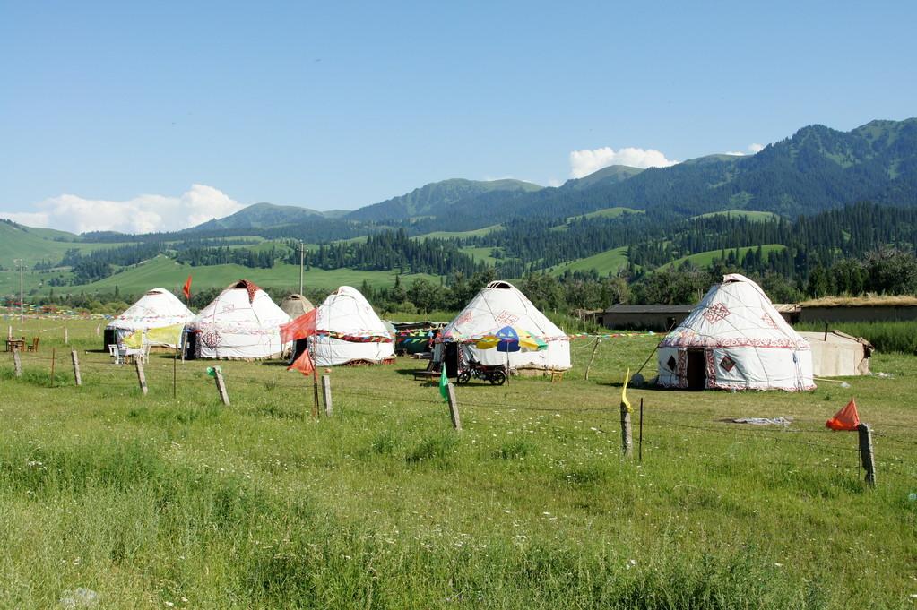 Die Behausungen der Indianer Zentralasiens - Jurten von Uiguren