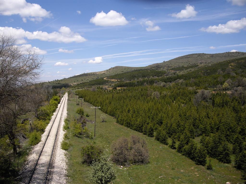 Mit einer herrlichen Eisenbahnlinie