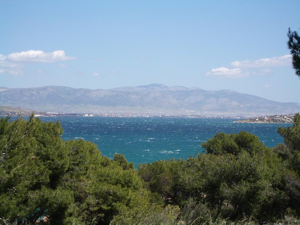 16.04.08 - Athen aus der Ferne