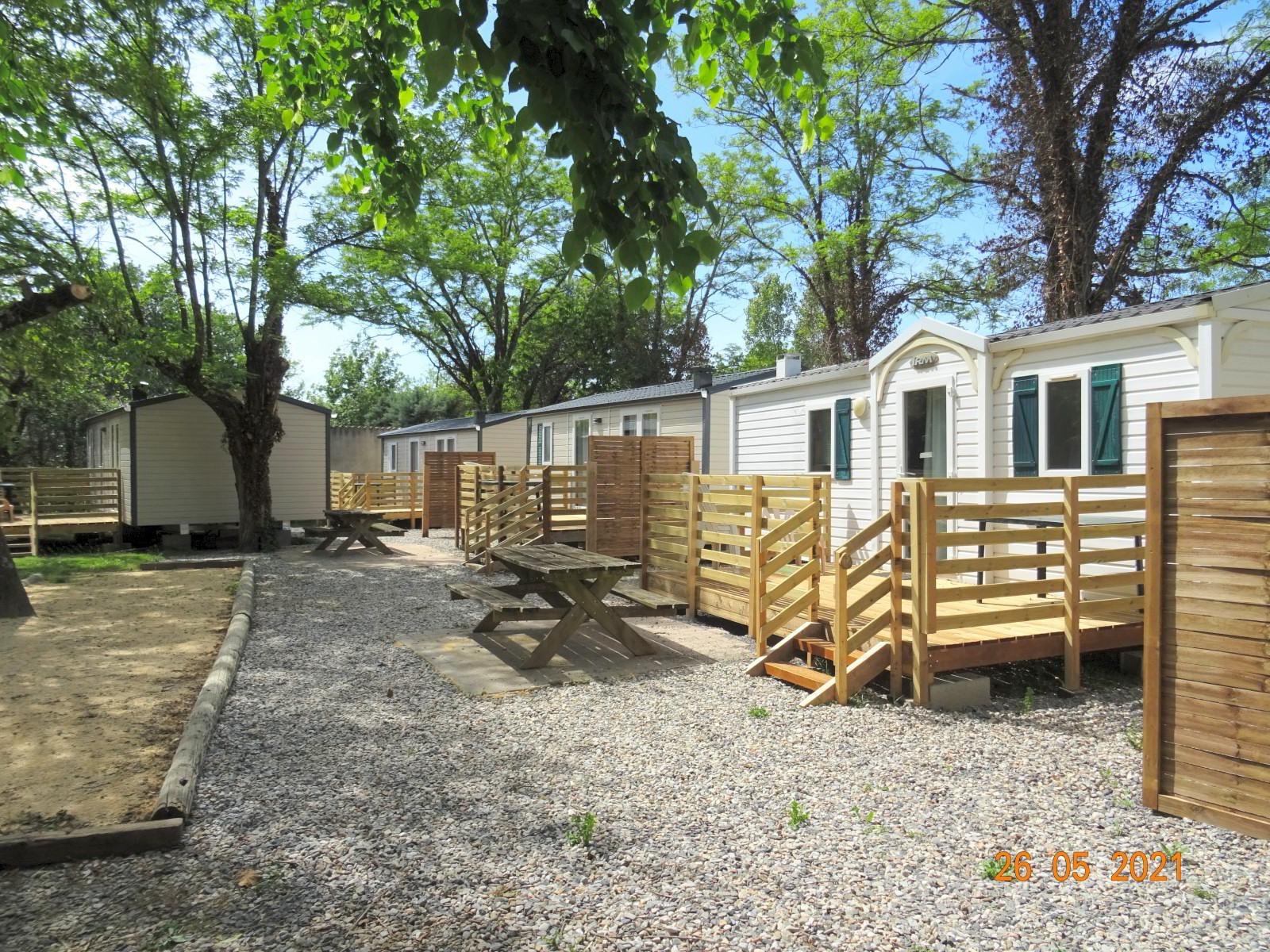 Nouveaux mobile-homes avec terrasse