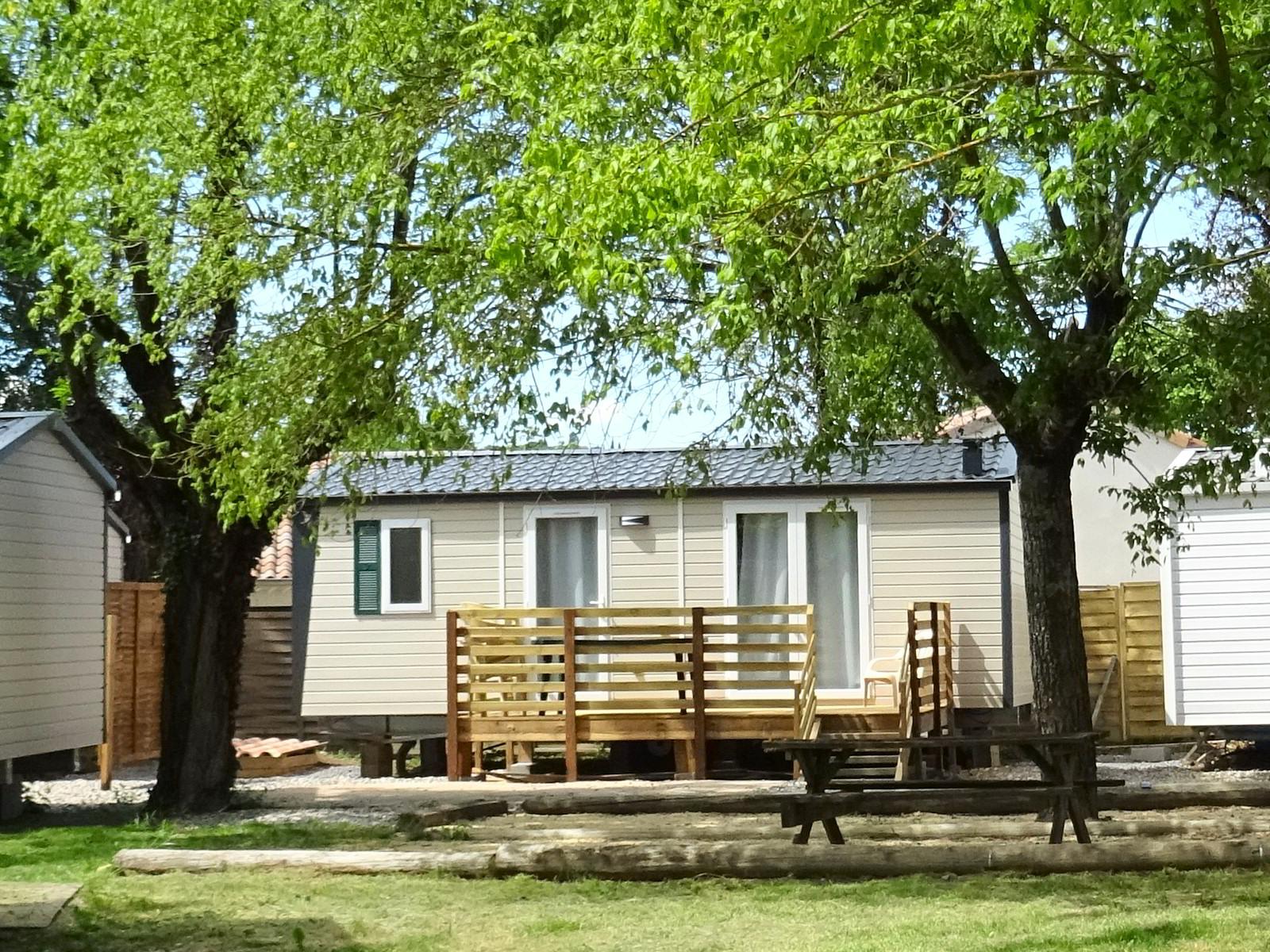 Nieuwe stacaravan met 2 slaapkamers, 4 personen - 2021