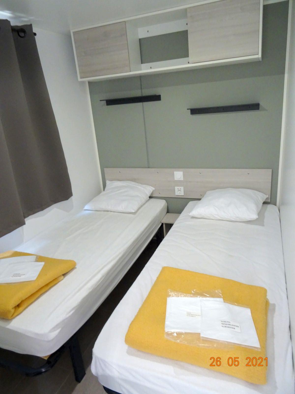 2-persoonskamer, nieuwe stacaravan met 2 slaapkamers